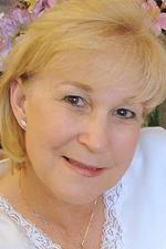 Diane Diekman vestry 150 x 225